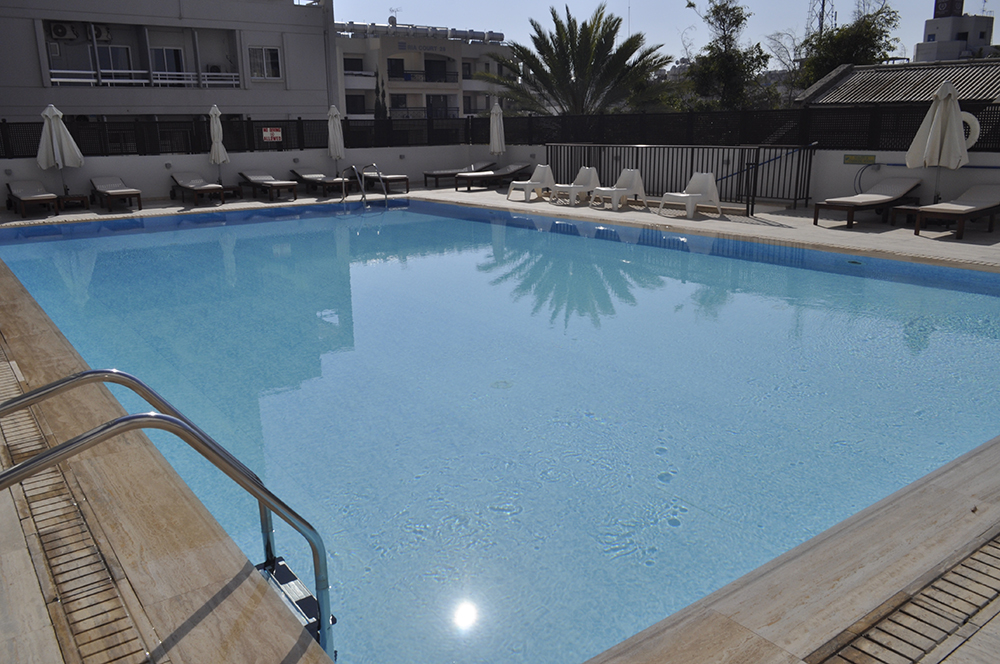 Pool---Bar-003