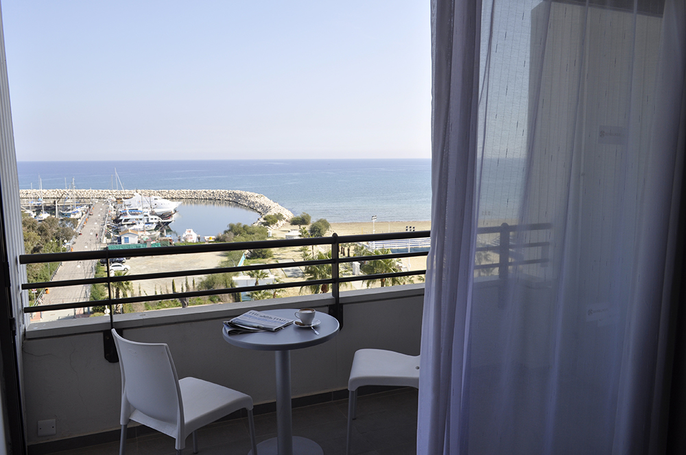 Superior-Double-Room-Sea-View-002