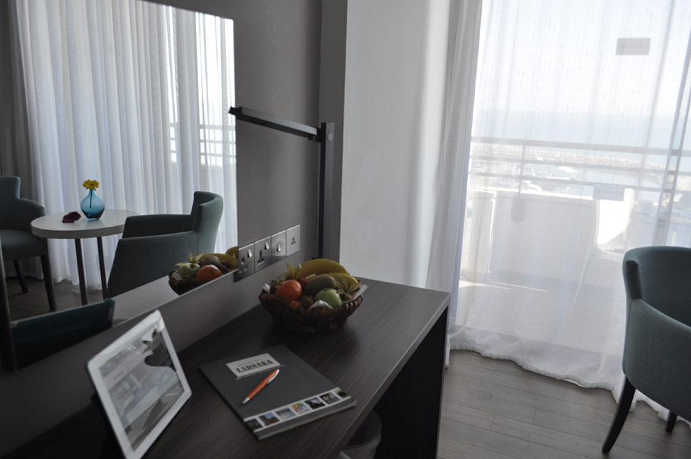 Twin-Room-Sea-View-002